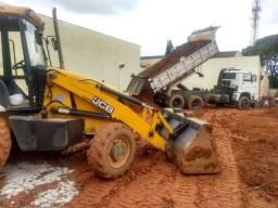 Demolição com Bob Cat e Rompedor Hidraulico Mini Escavadeira