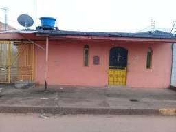 Vila com 3 Casas