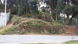 Terreno alto e seco na Vista Alegre. Linda vista do Parque Tingui