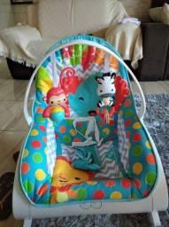 Cadeirinha vibratória e musical bebê