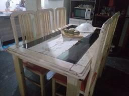 Título do anúncio: Jogo de mesa com 6 cadeiras