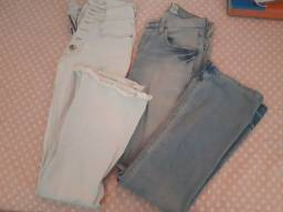 Título do anúncio: Duas Calças pantalona jeans