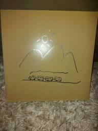 Usado<br><br>Milton Nascimento Lp 1976 Geraes Capa Dupla + Encarte