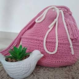Vendo bolsa tipo saco e carteira de crochê