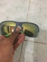 Óculos mormaii usado mas em bom estado