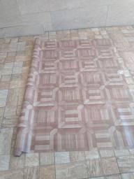 Manta de piso tipo vinílico amadeirado