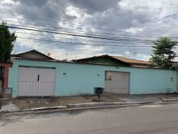 Título do anúncio: Casa com 4 quartos - Bairro Vila Aurora Oeste em Goiânia