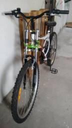 Bicicleta Caloi XRT Aro 26 21 Marchas MTB - Branco