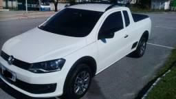 Vw - Volkswagen Saveiro CE 1.6 completa lacrada impecável com baixa km abaixo da fipe - 2015