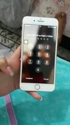 Vende-se iPhone 8 plus de 64gb 3.400 R$