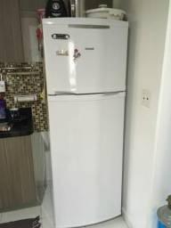 Refrigerador Consul Biplex Frost Free