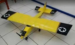 Aeromodelo treinador Super Stunts