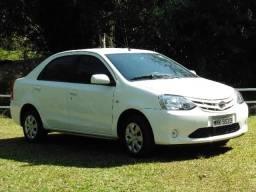 Toyota Etios XS Sedan 2013/2013 em Ótimo Estado 100%Revisado em Concessionária - 2013