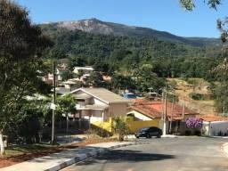 Terreno em Atibaia com 915 m²