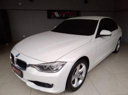 BMW 320i ACTIVE 4P