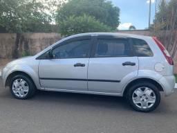 Vendo Ford/Fiesta 10.000,00 - 2004