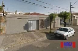 Mega Imóveis Prime vende casa de 216m² com 05 quartos