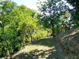 Lindo Sítio de 4.500 m² -> A 1,5 km da Est. do Cabuçu (Rio da Prata)