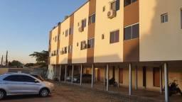 Kitnet grande com garagem - próxima ao setor universitário e praça da bíblia