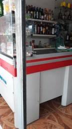 Mercearia e depósito/bar.