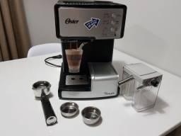 Cafeteira Oster 110V Prima Latte Pouco Usada (Com manual)