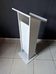 Mini púlpito branco