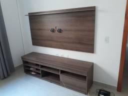 Rack para tv  e armario de sala.