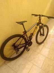 Bicicleta aro 29 com freio hidráulico