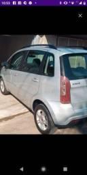 Título do anúncio: Troco roda 15 Fiat por roda de ferro pneus bons