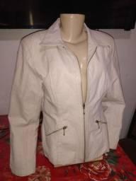 Jaqueta feminina em couro legítimo