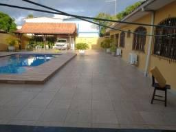 Troco casa por apto na Beira mar