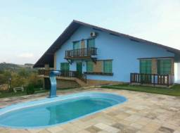 Casa de Condomínio em Chã-Grande com piscina própria por 645mil!!!