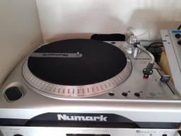 Título do anúncio: Toca discos Numark TT Usb