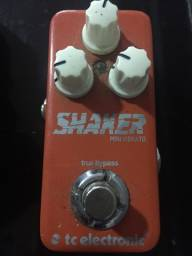 Pedal de guitarra vibrato tc electronic mini shaker