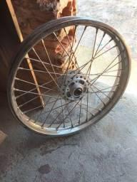 Título do anúncio: Vendo roda dianteira xre 190