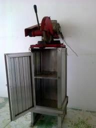 Maquina de corte alumínio e ferramentas manuais