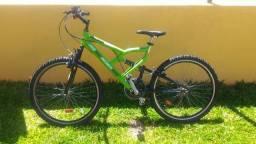 Bicicleta aro 26 21 marchas semi nova