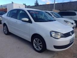 Volkswagen polo sedan 2012/2013 1.6 mi 8v flex 4p manual - 2013