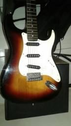 Guitarra golden antiga