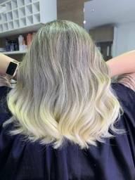 Estamos contratando cabeleireiros, que faça tudo, make cabelo corte e etc.