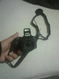 Câmera Canon Semi-profissional