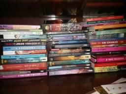 Lote de 45 livros