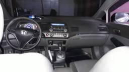 Honda Civic automático completo preto