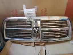 Grade Frontal Dodge Ram 2013