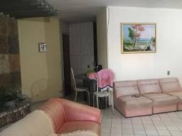 Vendo casa no bairro Cajazeiras