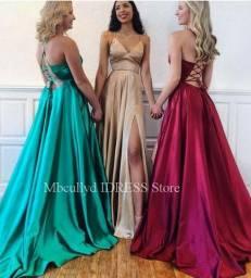 Título do anúncio: Atualizado 04/01/2020 Vestidos De Baile Sexy Borgonha 2020, Divisão Frontal, Longo,
