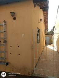 C = Condomínio Village Linda Casa Linear 02 Qts Av Newton Guarana Oportunidade !