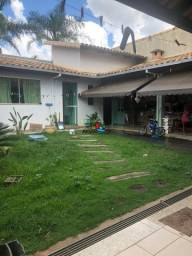 Título do anúncio: Casa à venda, 4 quartos, 2 suítes, 4 vagas, Iporanga - Sete Lagoas/MG
