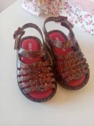 Calçados infantil semi novos