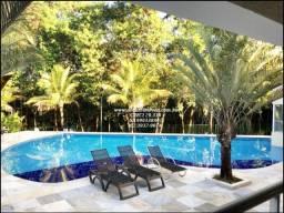 Título do anúncio: Linda casa no Jardins Paris ! Com 2150 m² de lote 4 suítes e lago ! Em Goiânia !